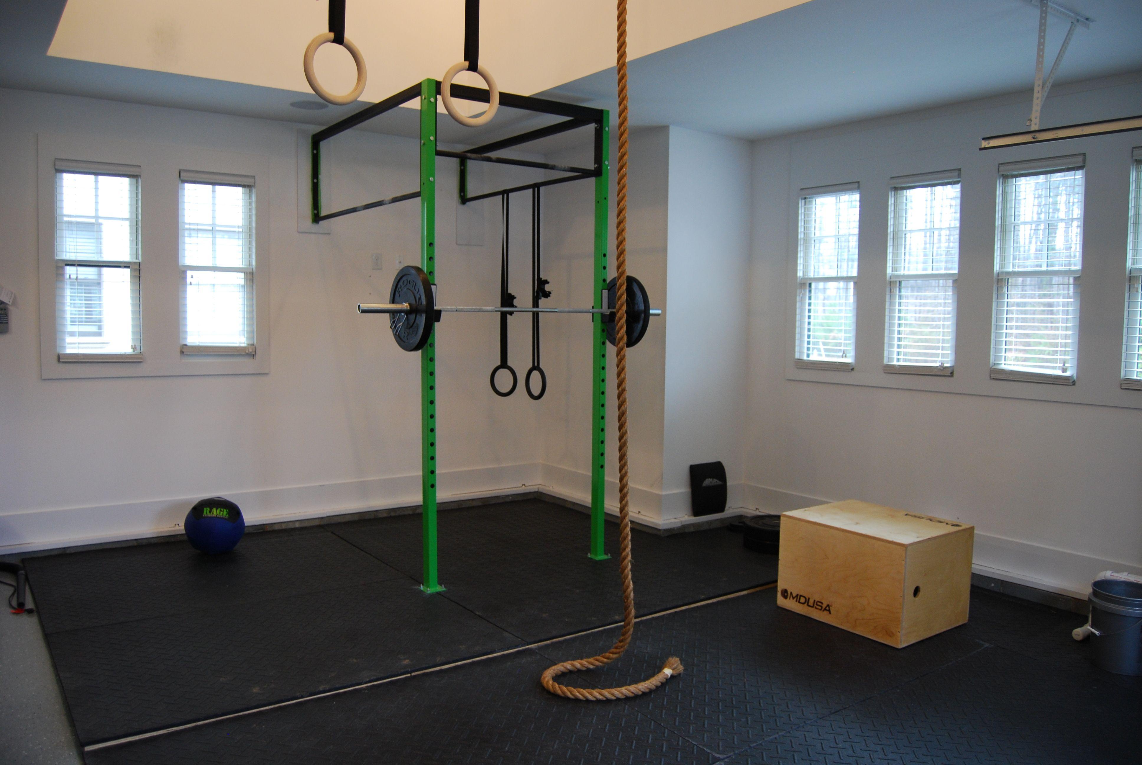 Gym In The Garage Buscar Con Google Jaula Pinterest Studio