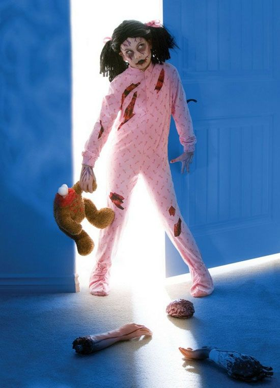 20 Best, Unique, Creative Yet Scary Halloween Costume Ideas 2012 For