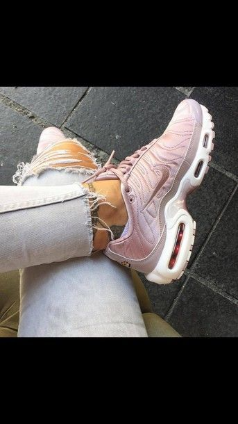 994a5bae6d63 shoes nike air max pink sneakers nike shoes pink running shoes rose gold