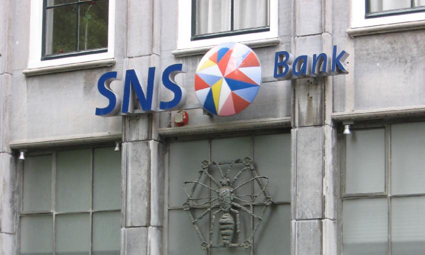 GROZA SNS Bank opent eerste van 30 nieuwe vestigingen http://www.groza.nl www.groza.nl, GROZA