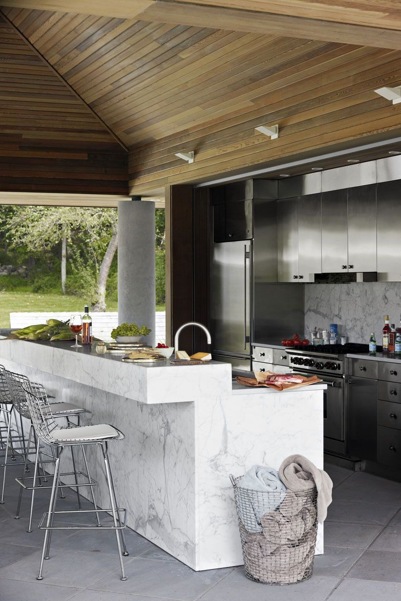 15 Outdoor Kitchens That Will Make You Never Want To Cook Inside Again In 2020 Outdoor Kitchen Design Layout Marble Kitchen Island Kitchen Center Island