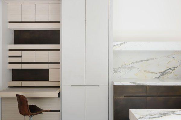 Opening Showroom Kkdc Obumex By Joseph Dirand Idees De Design D Interieur Idees Pour La Maison Maison