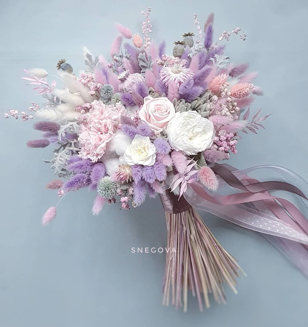 Unfading Bouquet Of Natural Plants Driedflowers Preservedflowers 35 28cm Intern In 2020 Wedding Flower Trends Flower Bouquet Wedding Small Wedding Bouquets