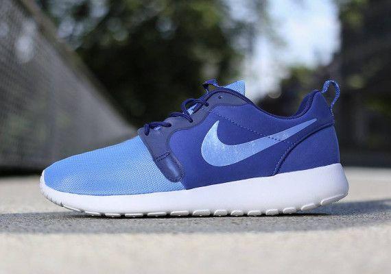 Nike Rosherun Hyp Mens Sneakers 636220-401 IqEHuQkW