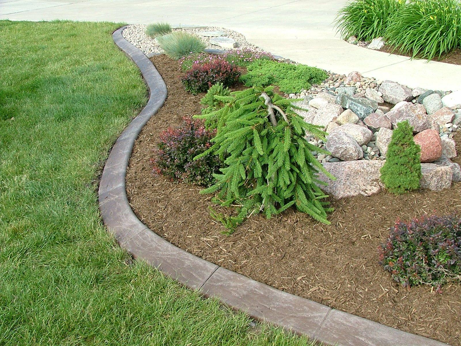 Concrete landscape edging kansas city patio ideas for Landscaping garden beds