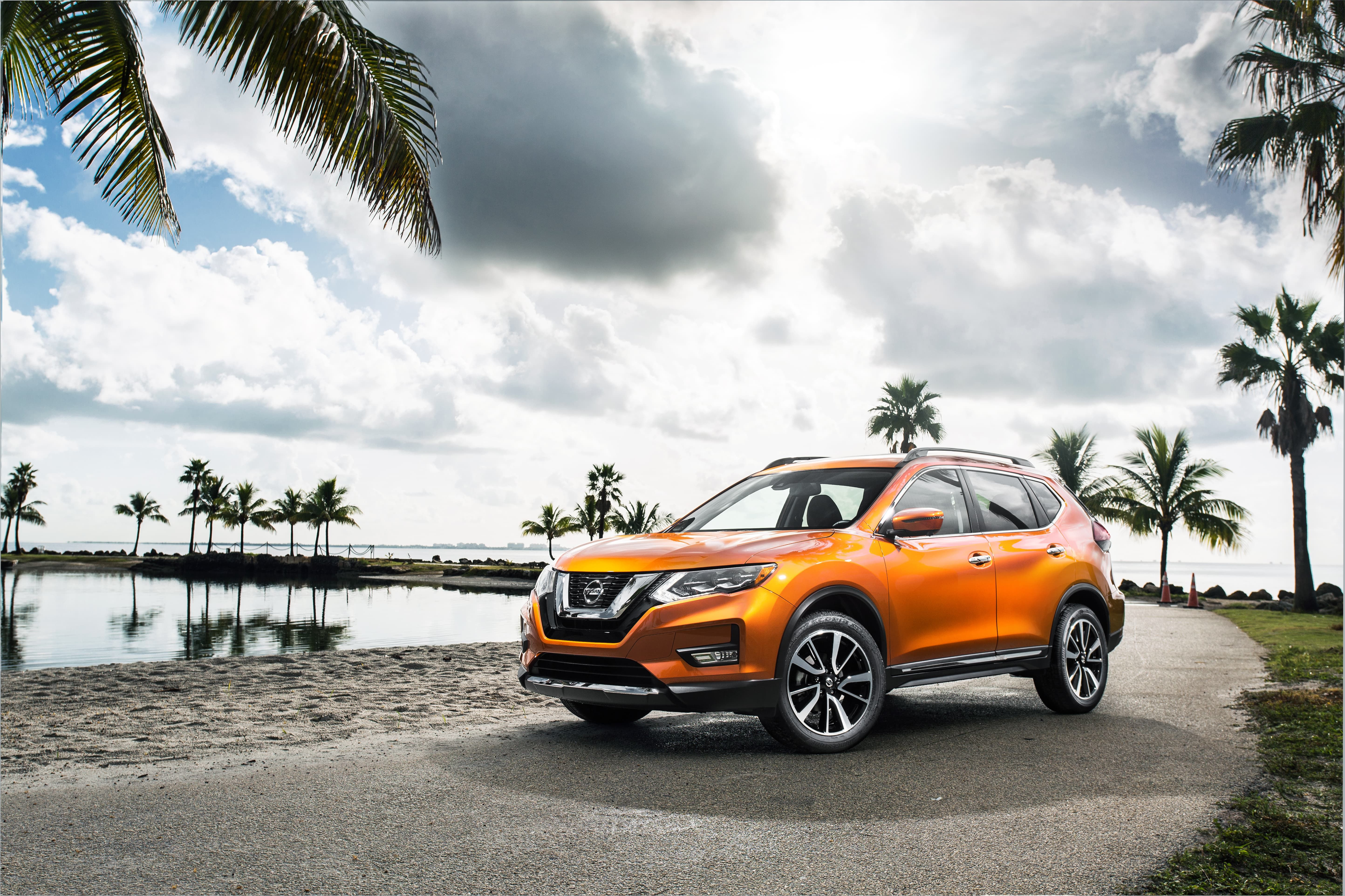 Introducing the refreshed 2017 Rogue with extensive enhancements ...