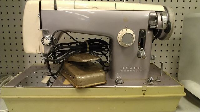 Lavender Kenmore Sewing Machine Spotted At Goodwill In Austin Texas Cool Goodwill Sewing Machine