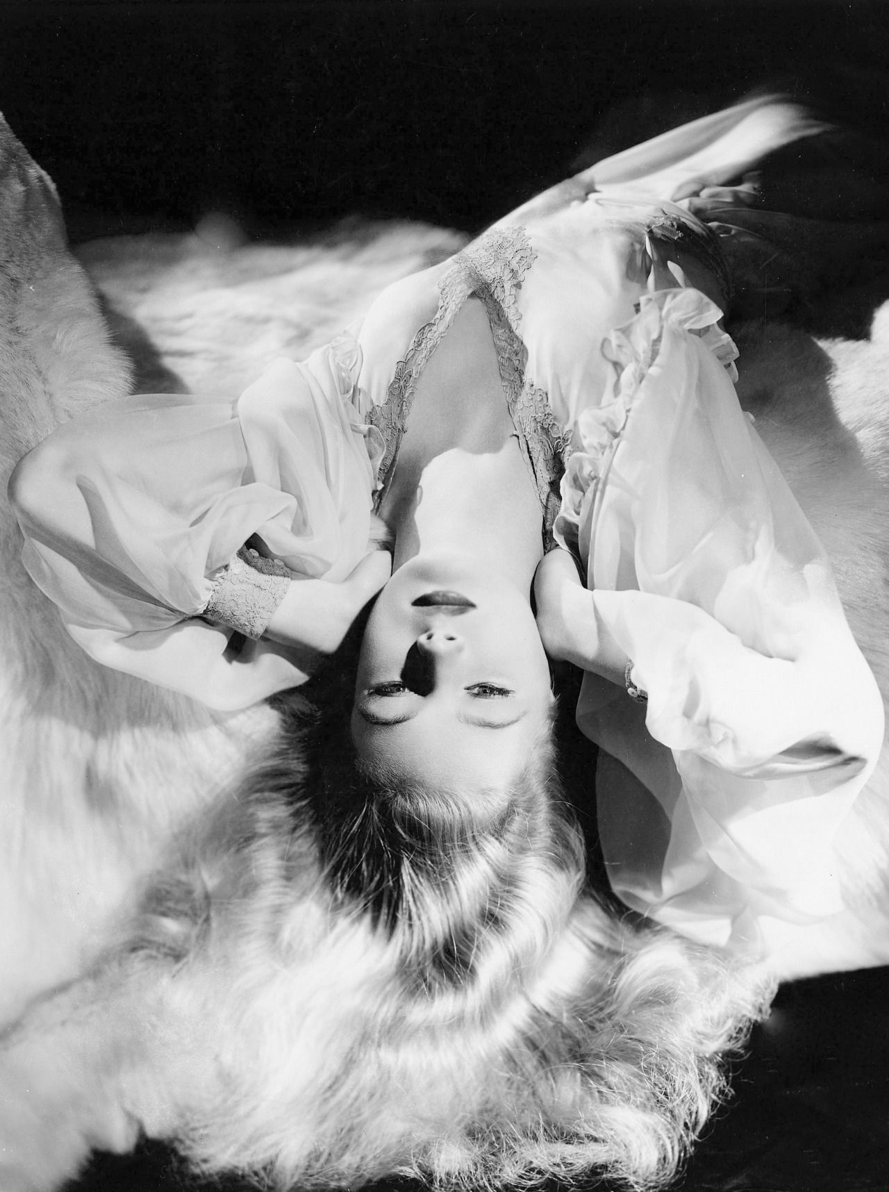 """summers-in-hollywood: """" Veronica Lake by George Hurrell, 1941 """""""