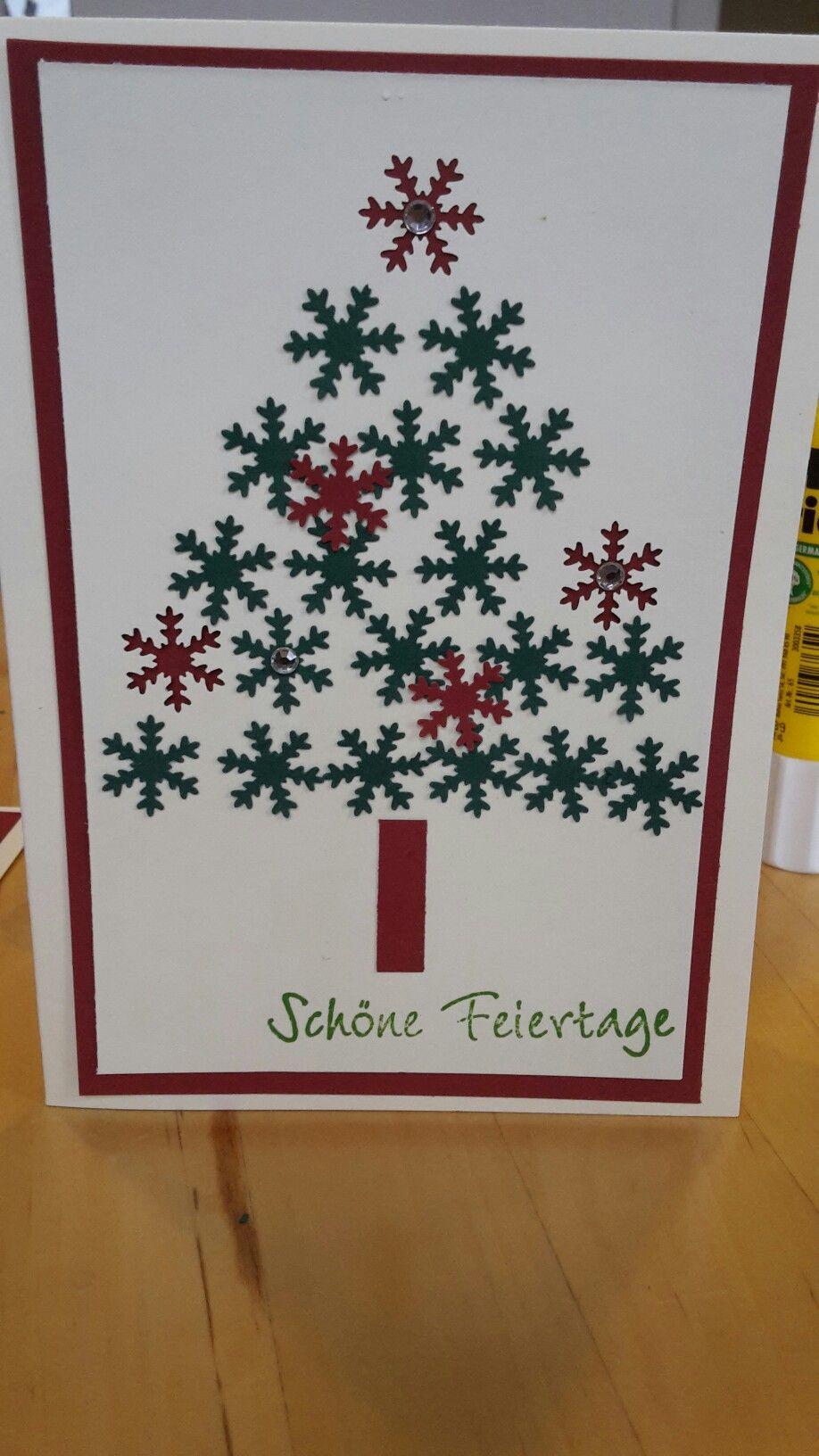 Weihnachtskarte Tannenbaum aus Schneeflocken
