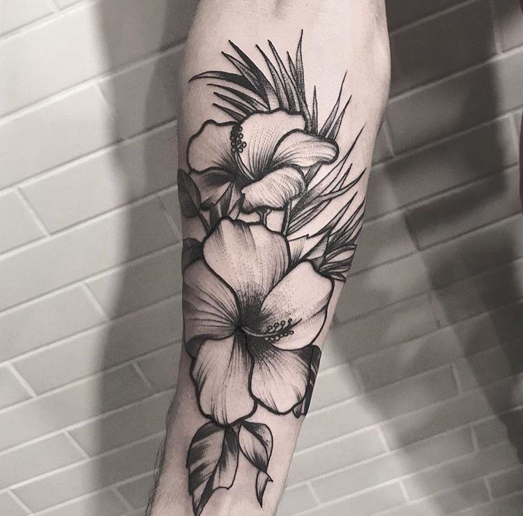 Pin De Franco Fortino En Screenshots Tatuajes De Flores Hawaianas Tatuaje Flores Antebrazo Tatuaje Brazo Flores