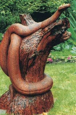 sculpture bois serpent