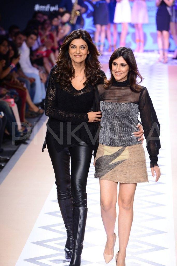Sushmita Sen walks for Rina Dhaka at Myntra Fashion Weekend