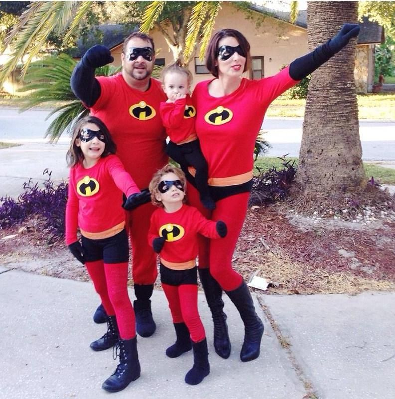 DIY Incredibles Family Halloween Costumes  sc 1 st  Pinterest & DIY Incredibles Family Halloween Costumes | fall | Pinterest ...
