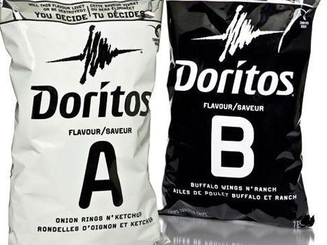 No Canadá, a edição especial de embalagens da Doritos, chamou a atenção dos consumidores. Em vez das cores fortes que são marca registrada do Salgadinho, a aposta foi no Preto e Branco!  E aí? O que acharam da idéia?