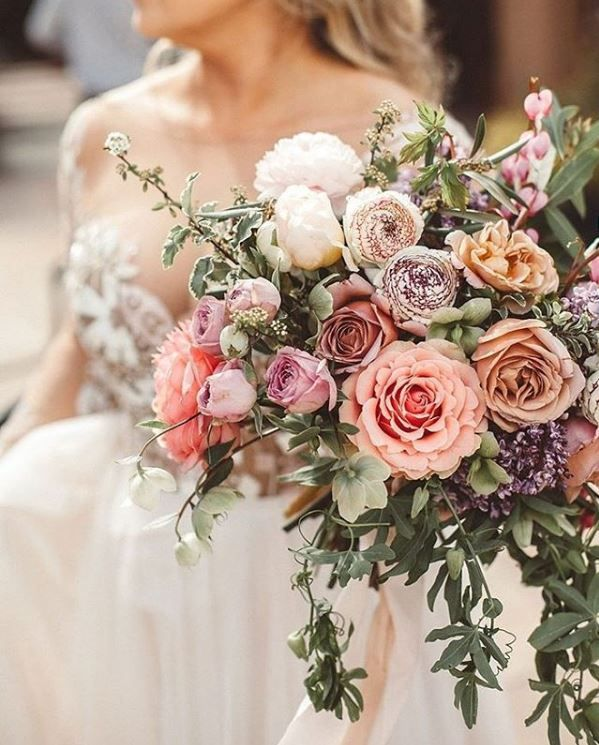Perfect Fall Wedding Bouquet Ideas for Autumn Brides - wedding bouquet, pretty bouquet #fallwedding #autumnwedding #fallbouquet