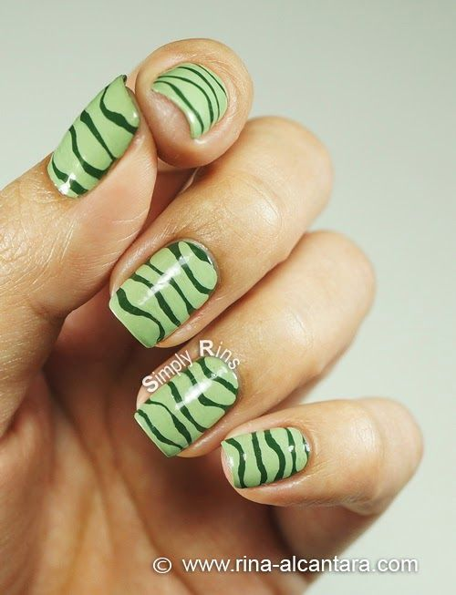 I Cant Draw A Straight Line Nail Art Design Left Hand Nails
