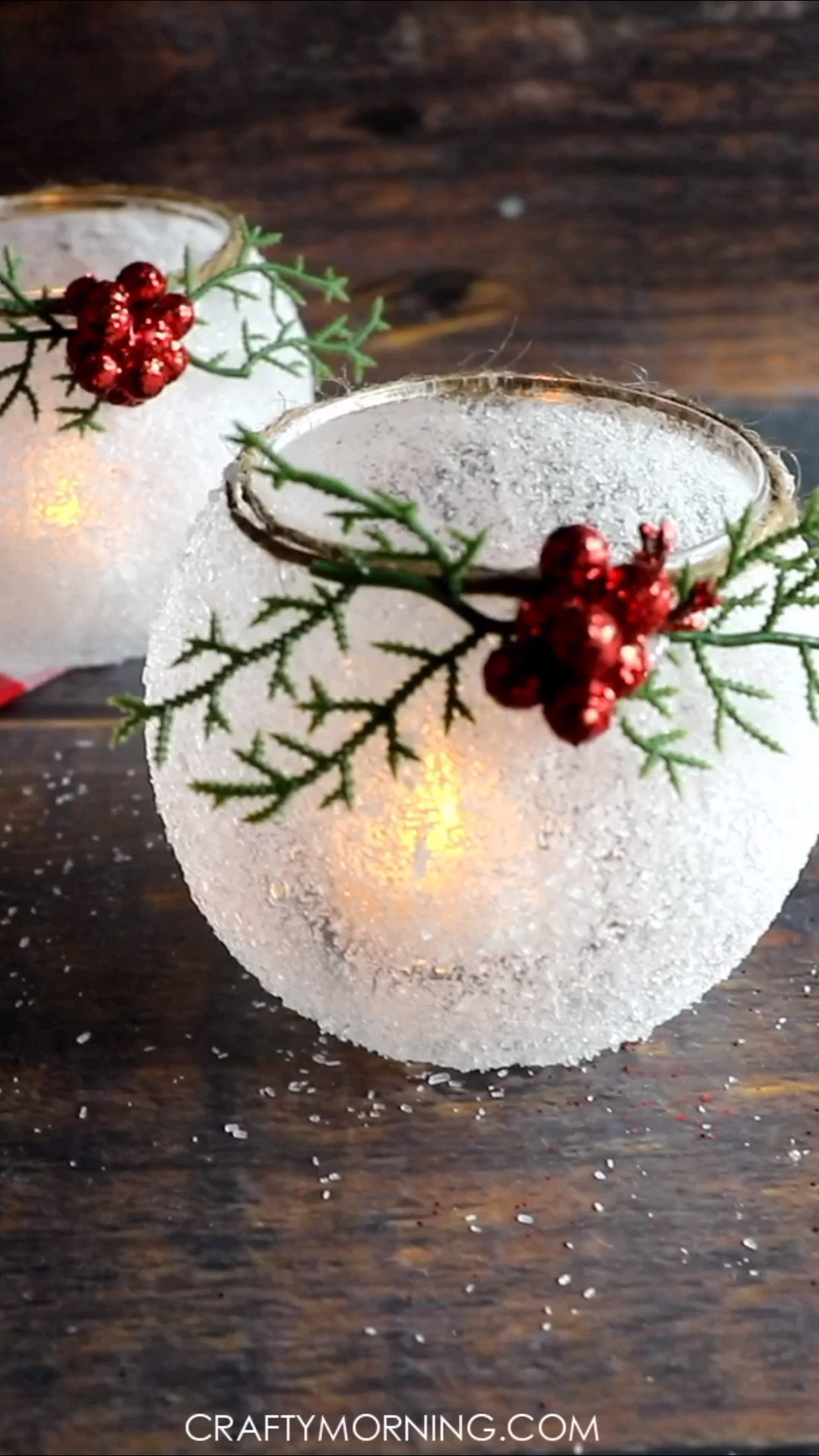 DIY Snowy Frosted Candle Holders- beautiful christmas candle votives to make. Do… DIY Snowy Frosted Candle Holders- beautiful christmas candle votives to make. Christmas craft to make. Easy home decor. Pin: 736 x 1308