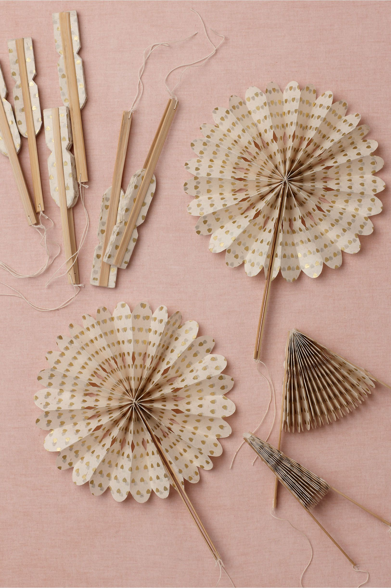 Crinkle Fans  from BHLDN  Liezel en Frederick troue  Pinterest
