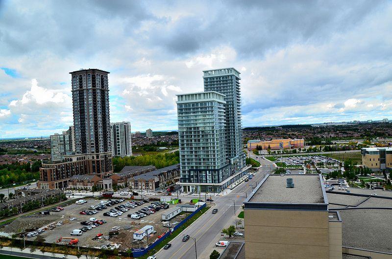 Mississauga Skyline + Limelight Condominiums (Daniels, 22 + 32s, Kirkor) One Park Tower (Daniels, 38s, Kirkor) | Flickr - Photo Sharing!