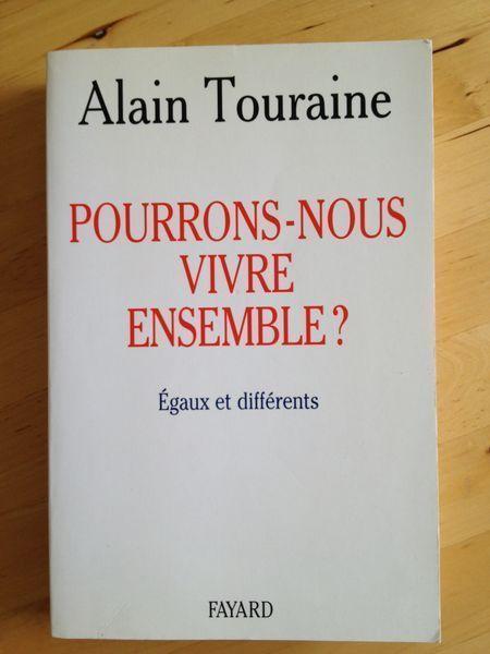 Entretien avec M. Stéphane HESSEL - Irénées