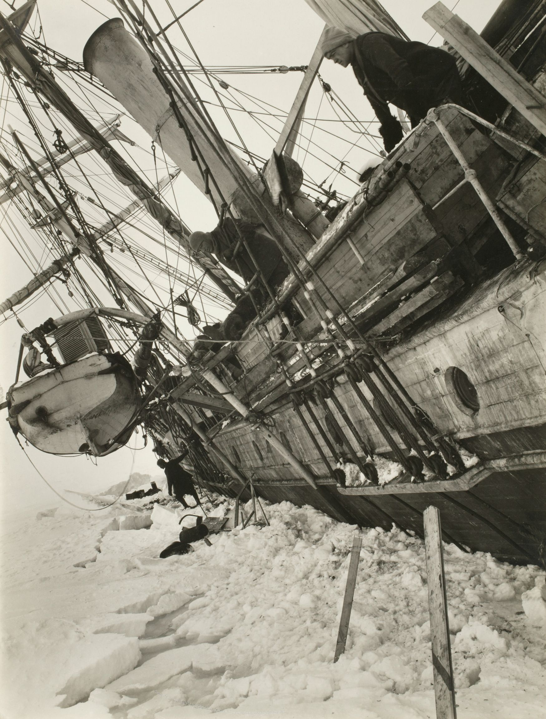 Shackletons Imperial Trans Antarctic Expedition 1914