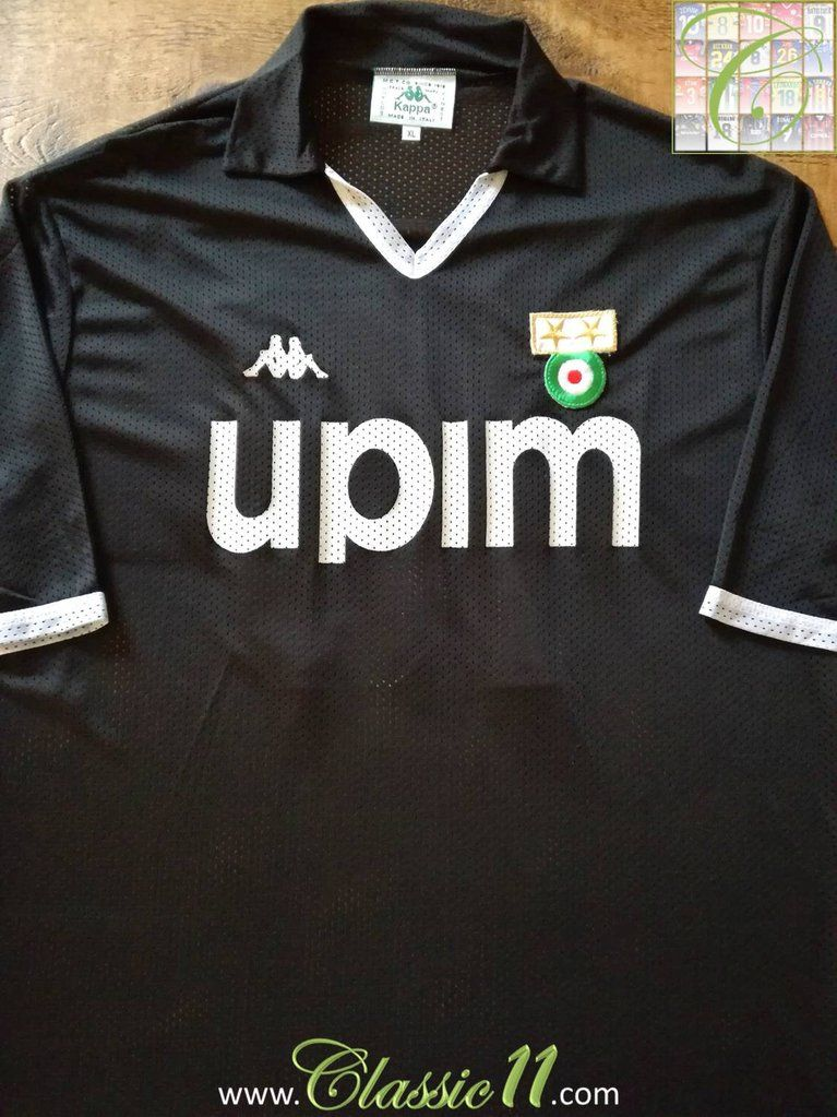 be8f8b598 1990 91 Juventus Away Football Shirt Baggio  10 (XL)