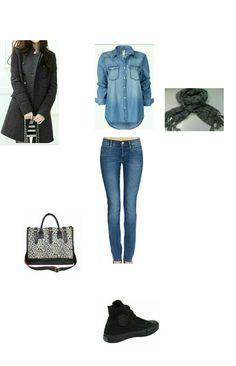 Casaco cinza, camisa jeans, cachecol xadrez e all star preto