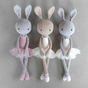 Amigurumi crochet doll - Sweet cuddly grey bunny rabbit in a ... | 290x290
