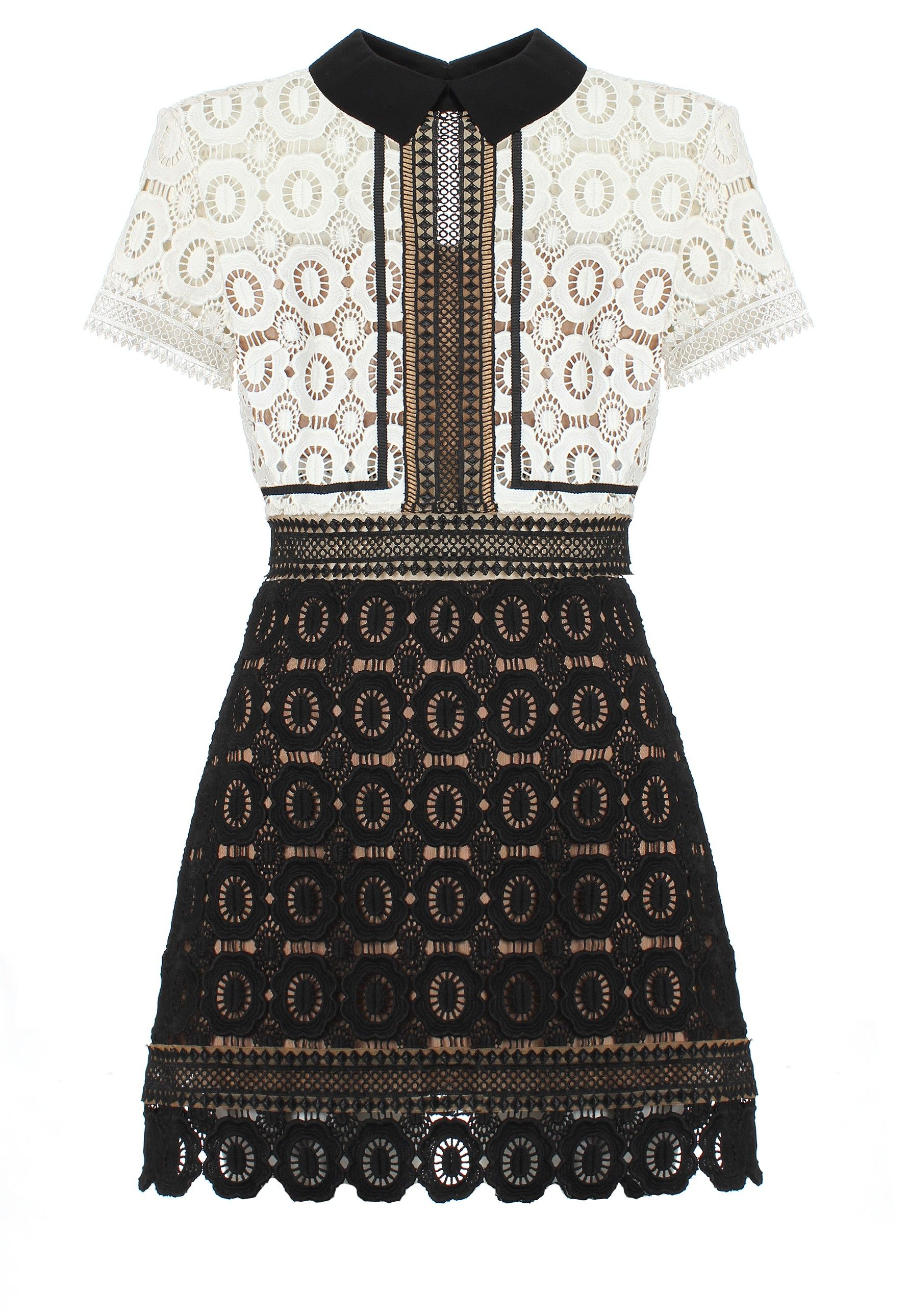 b1ca3531f8ed Self-Portrait Felicia Lace Mix Dress in black/off-white. With exquisitely