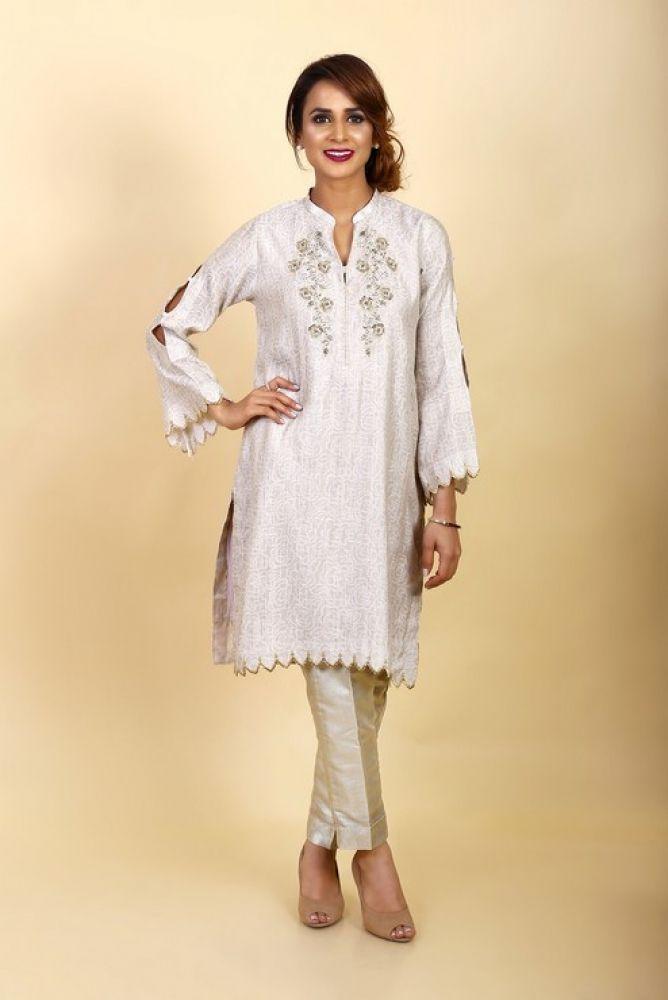783819da Latest Women Kurta Styles Designs 2018-19 by Change Kurta Collection (11)