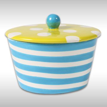 striped_dotted_container