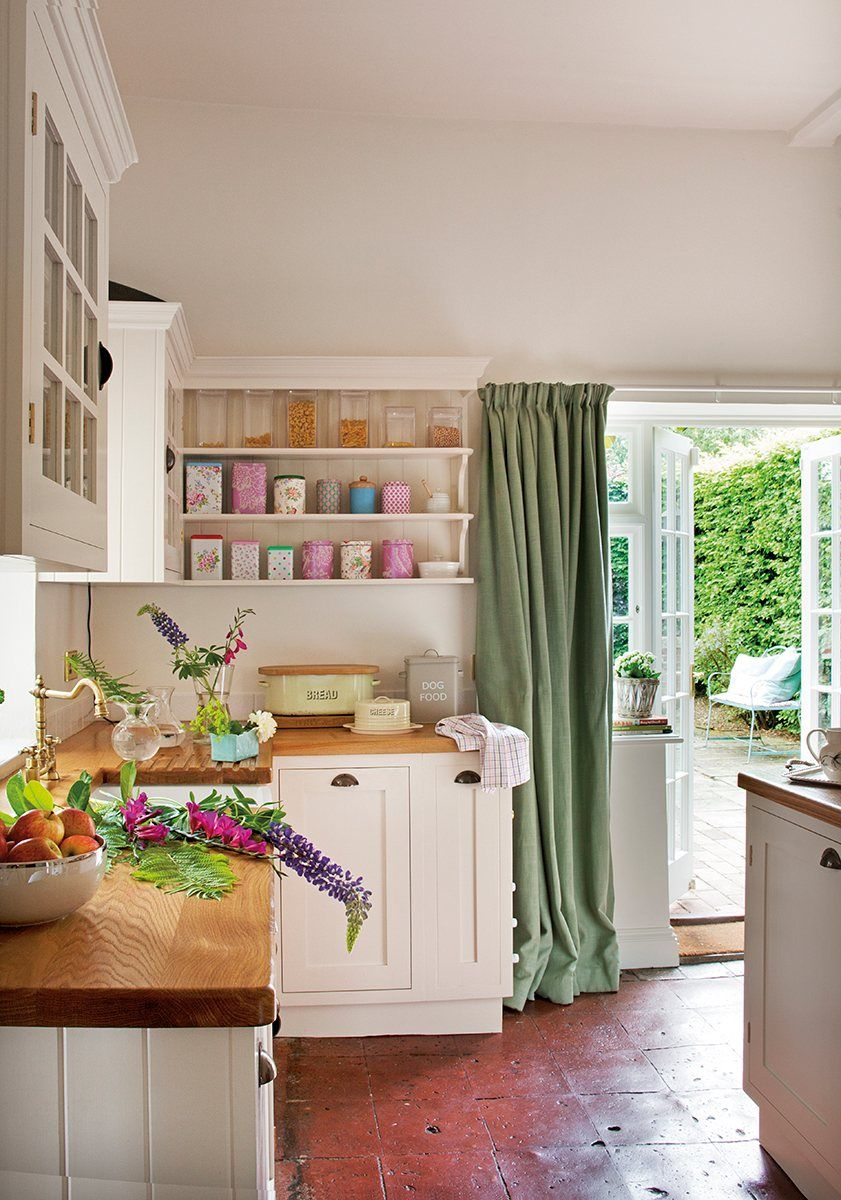20 ideas para cocinas peque as kitchens house and for Ideas de cocinas pequenas