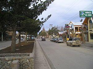 Avenida San Martín, a rua principal da cidade de El Calafate