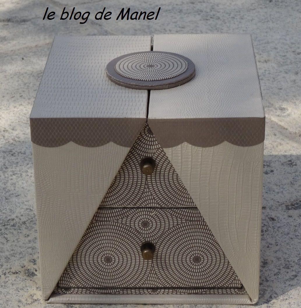 les cartonnages de manel boite k 39 do carr e cartonnage pinterest cartonnage carr s et boite. Black Bedroom Furniture Sets. Home Design Ideas