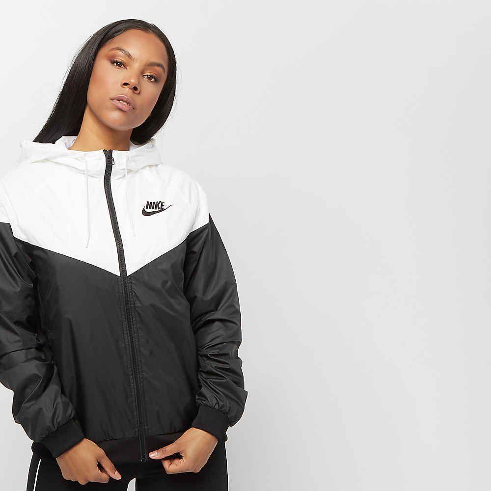 Windrunner Jacket in Black & White | Nike damen, Damen, Nike