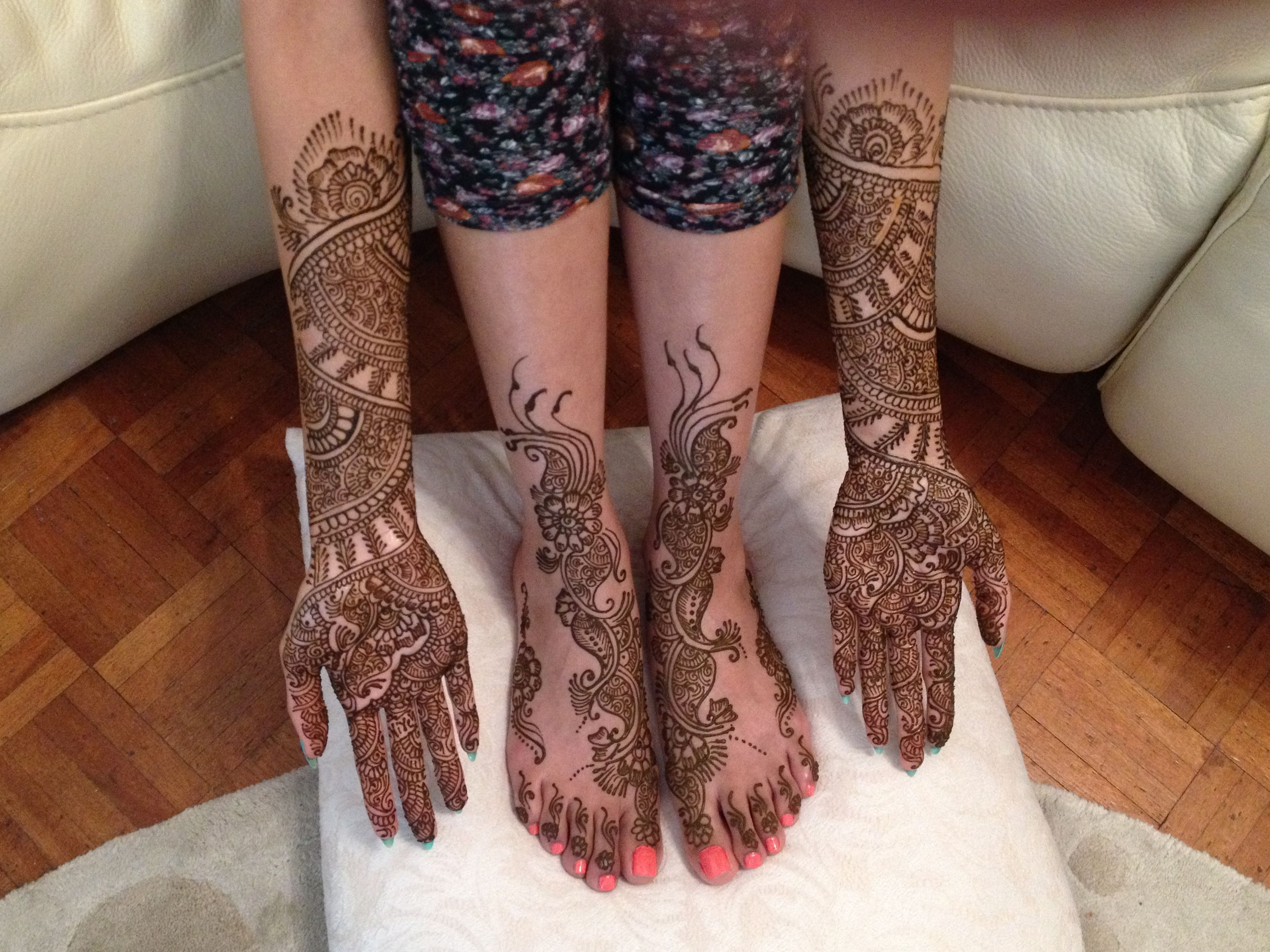 Mehndi Ankle Instagram : Mehndi artist london for enquiries booking contact text whats app