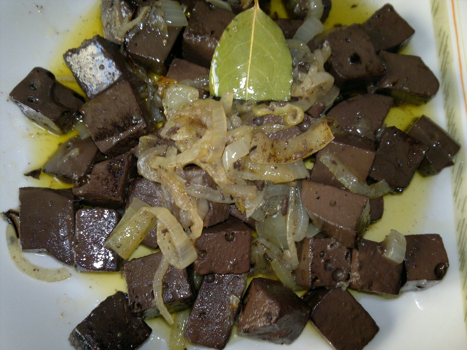 Ingredientes Para Dos Personas 500 Gr De Sangre Hervida De Pollo 3 Cebollas Grandes Medio Vaso De Recetas De Comida Casera Comida Casera Carne Con Tomate