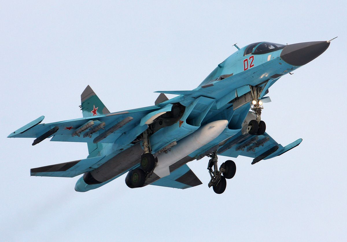 Russian Sukhoi Su-34 Fullback Heavy Strike Fighter | Global Military Review