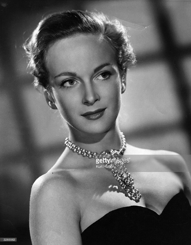 Joan Greenwood naked (14 photos), Sexy, Hot, Feet, legs 2015
