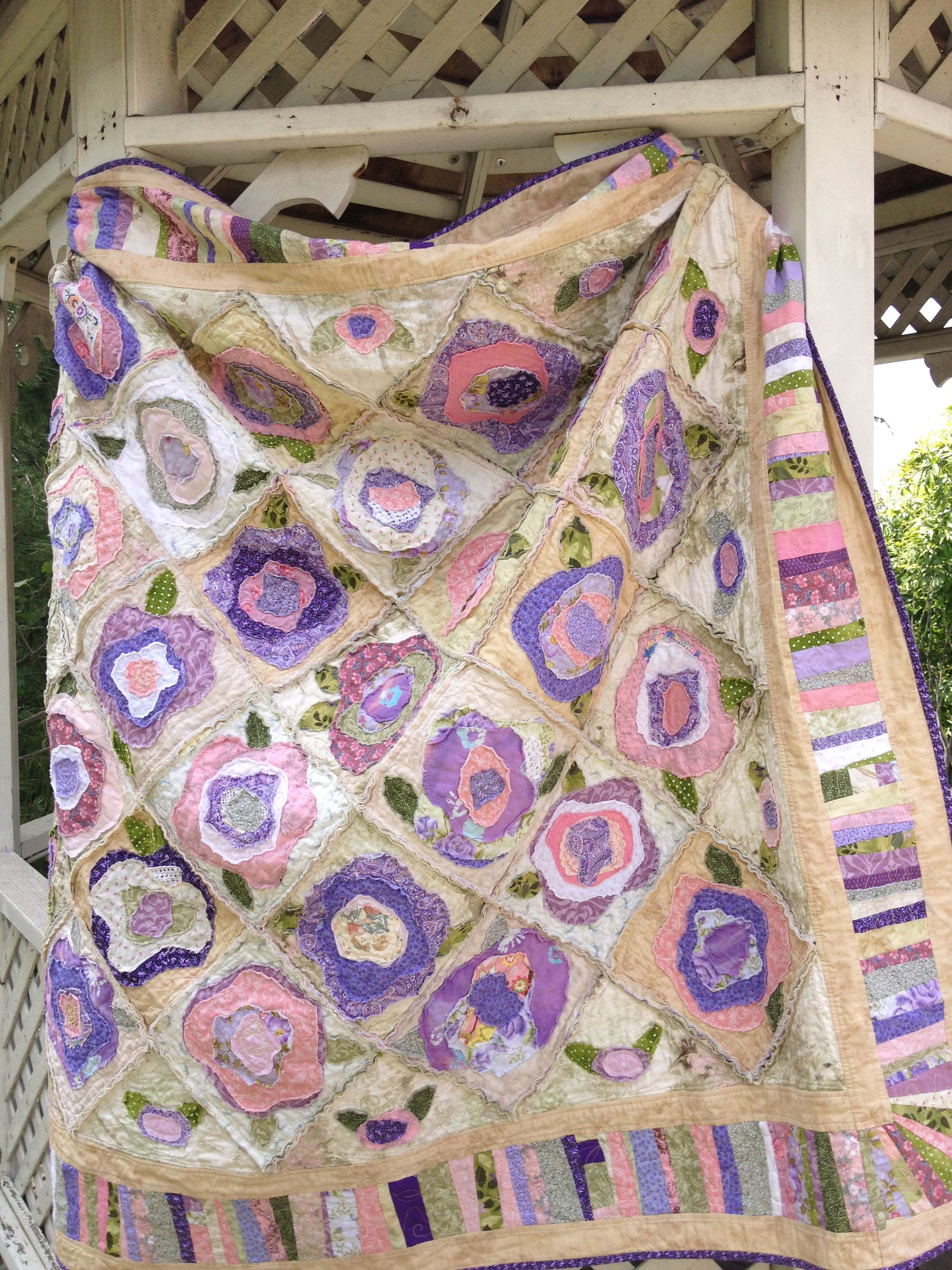 Shabby Chic French Rose Quilt With Rag Blocks Easy And