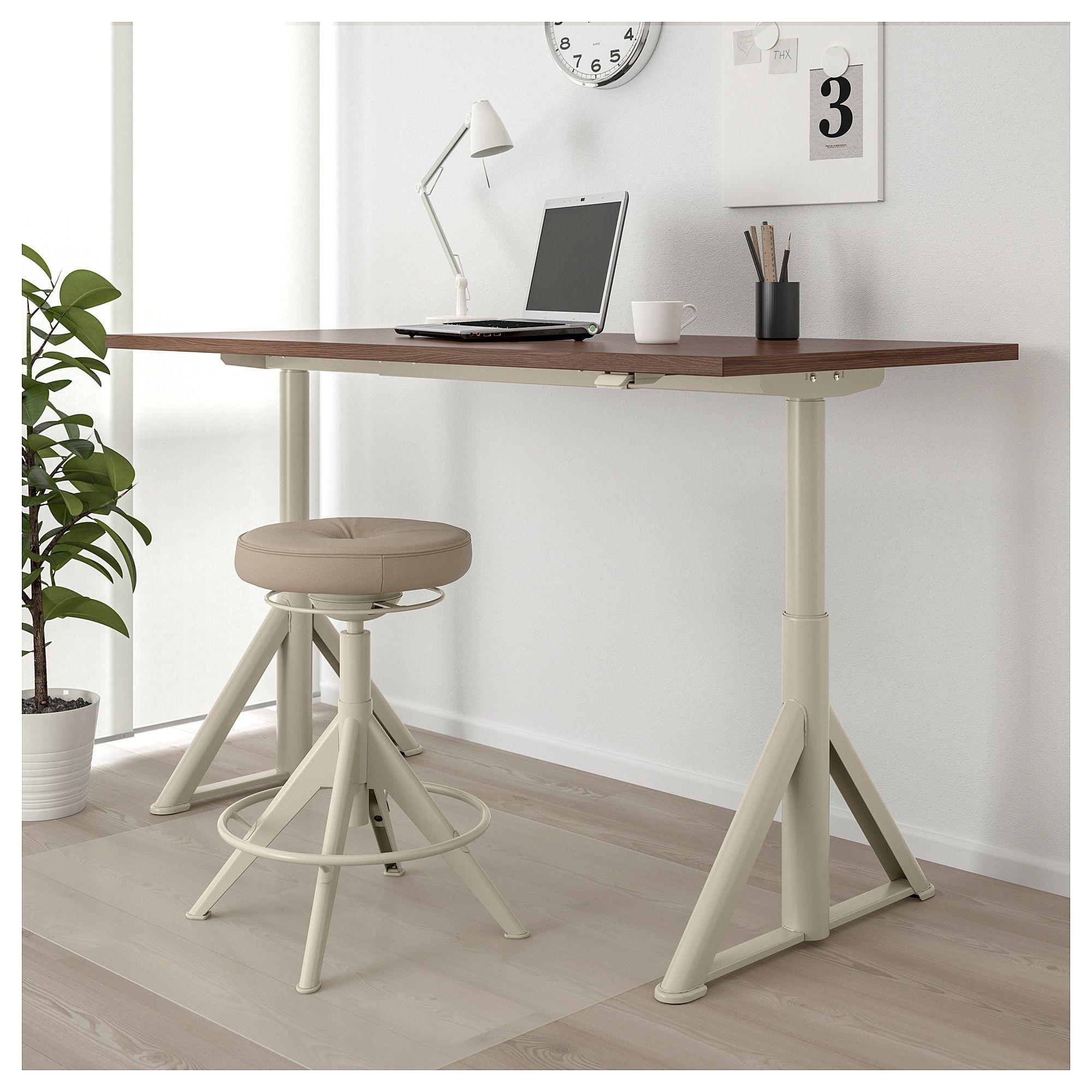 Idasen Desk Sit Stand Brown Beige Ikea Canada Ikea Ikea Standing Desk Sit Stand Desk Diy Standing Desk