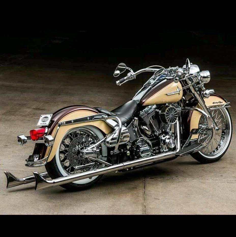 Fully custom 2006 HarleyDavidson Softail, FOR SALE NOW ON