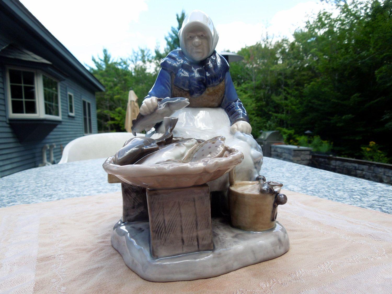 Rare BG Royal Copenhagen Figurine Woman Fish Monger Seller