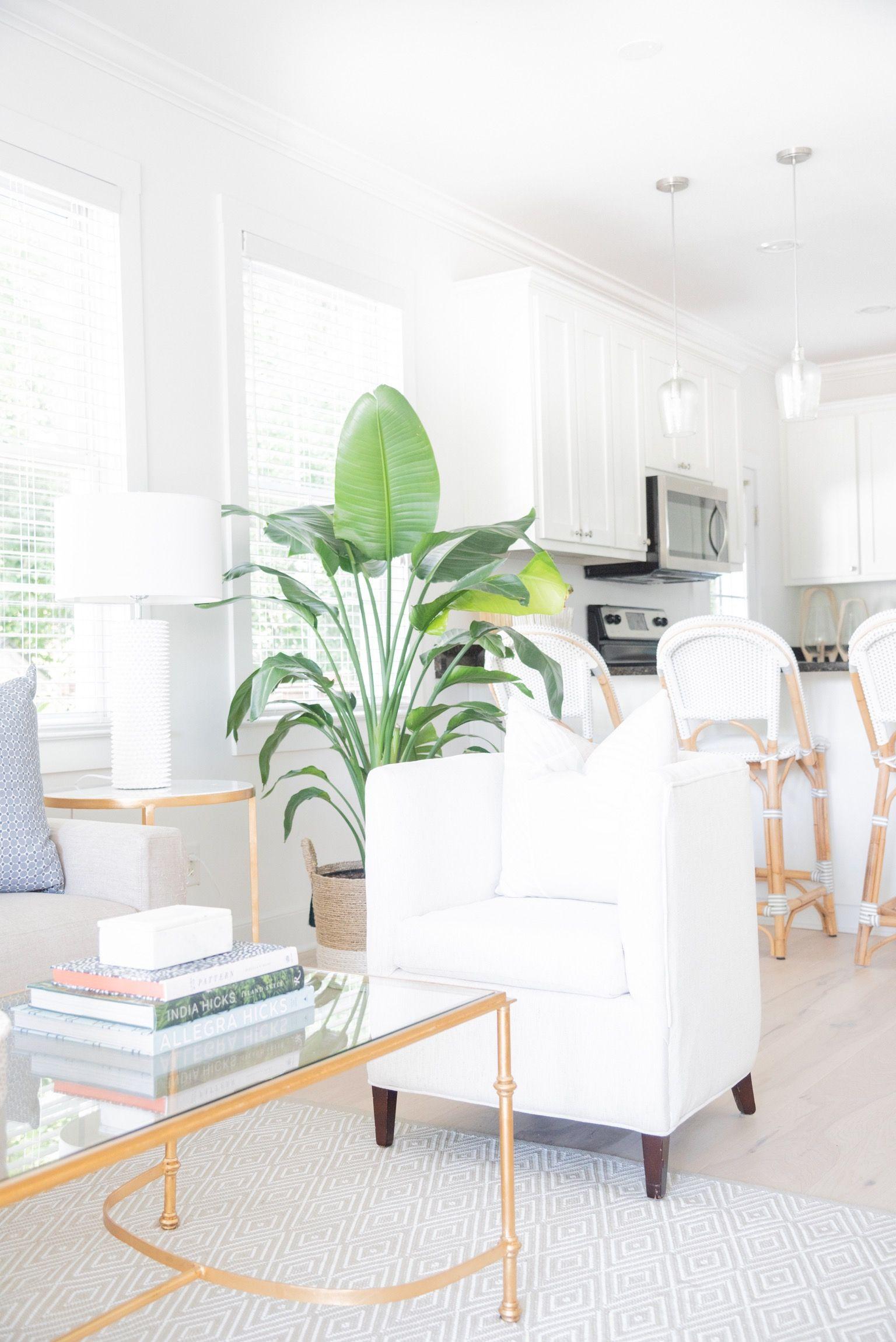 Virtual Design Living Room: #designsbymeganmac #whitesout #gold&white