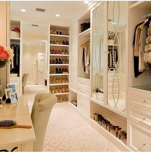 Floor To Ceiling Master Walk In Closet. Love The Mirrored Door Idea!