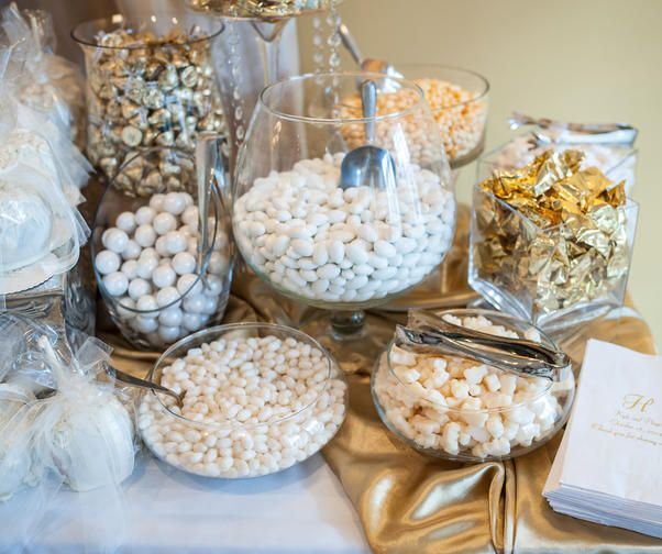 Here S What You Need To Know Before Making A Wedding Candy Bar