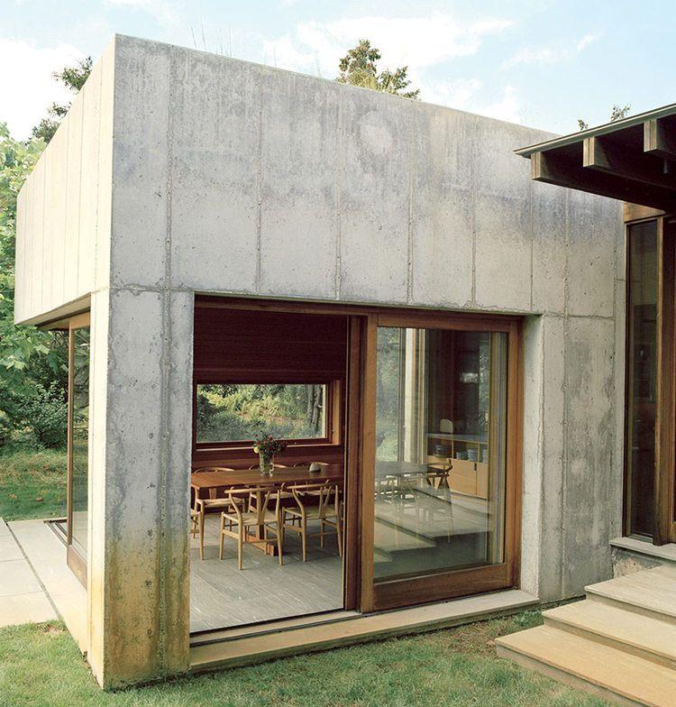 Marthau0027s Vineyard Prefab With A Thick Concrete Facade