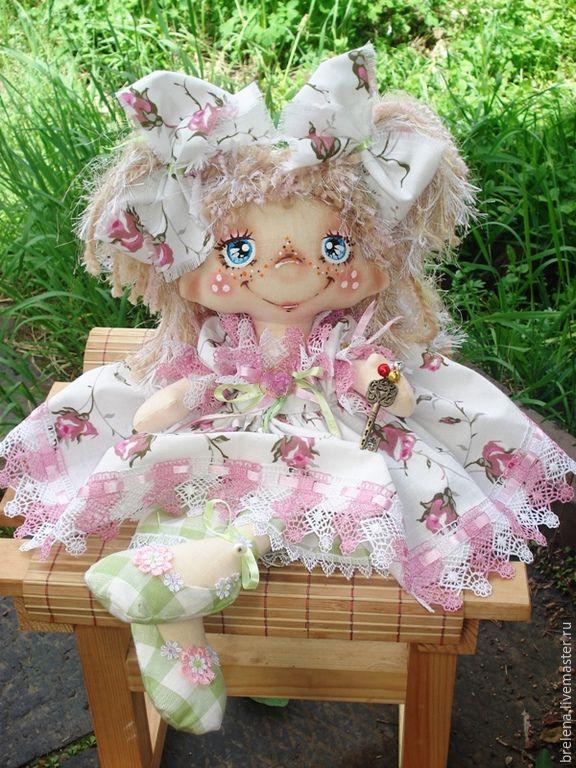 Купить Текстильная Кукла на счастье - Выпускница 2. - белый, интерьерная кукла, подарок бабушке