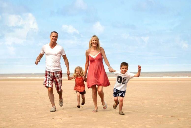 UK Holidays 2018   2 4nt Coastal Pontins Family Break   May Half