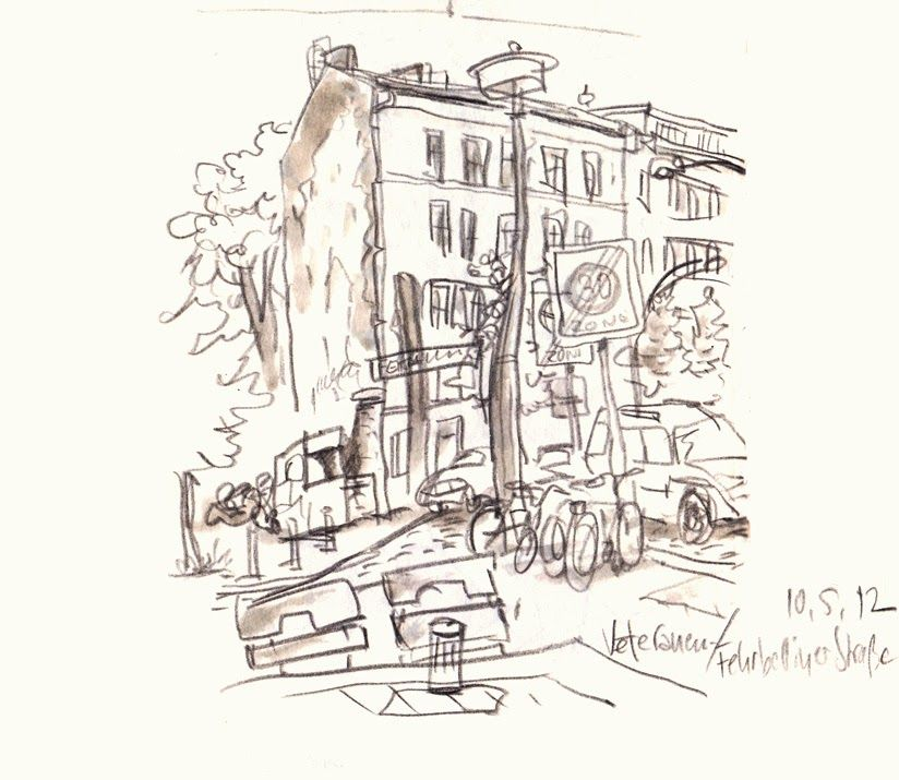 Detlef Surrey - Berlin-Prenzlauer Berg, Veteranen / Fehrbelliner Straße. http://www.skizzenblog.surrey.de/ - Urban Sketches